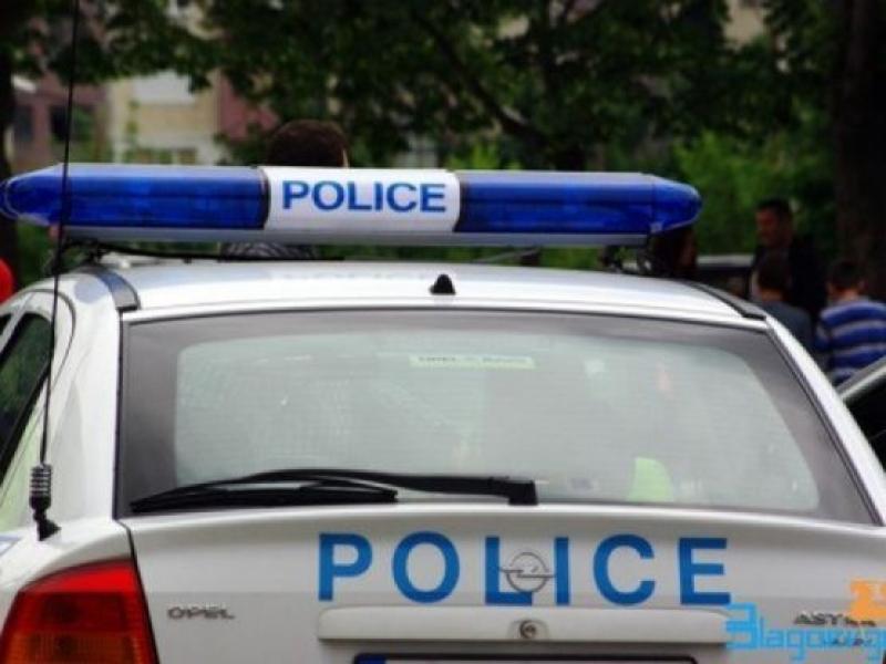 Шест мъже и една жена задържани в Бургас с дрога