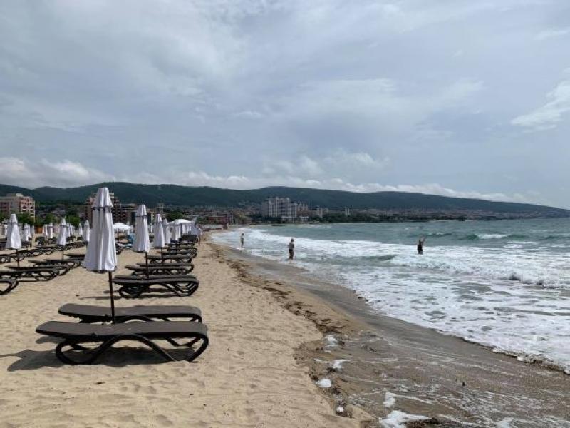 Плажовете в Слънчев бряг са готови за старт на сезонa
