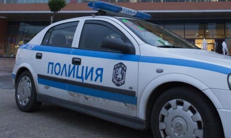 Задържаха трима от Поморие и Несебър за кражба на автомобили